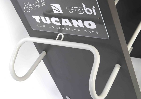 00Tucano-Tub